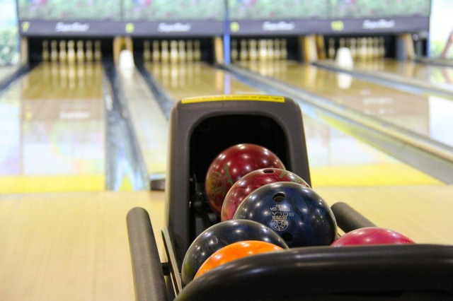 Summer Date Night Ideas. Bowling