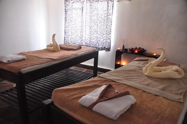 Summer Date Night Ideas Part 2. Couples Massage